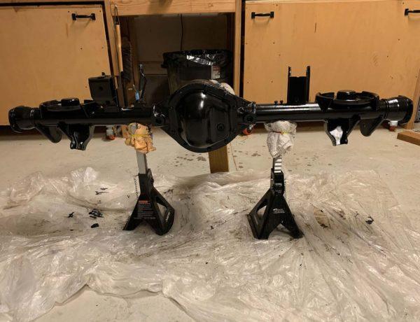por-15-dana-44-rear-axle-jeep-wrangler-tj.jpg